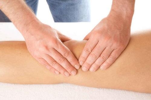 ماساژ درمانی برای پای ضربدری